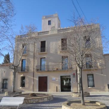 Per la millora de la formació permanent i l'escola d'adults de Sant Pere de Ribes